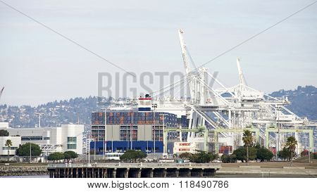 Megaship Benjamin Franklin Loading At The Port Of Oakland
