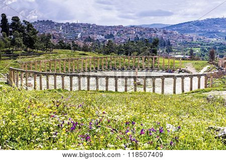 The Oval Forum Colonnade In Ancient Jerash, Jordan