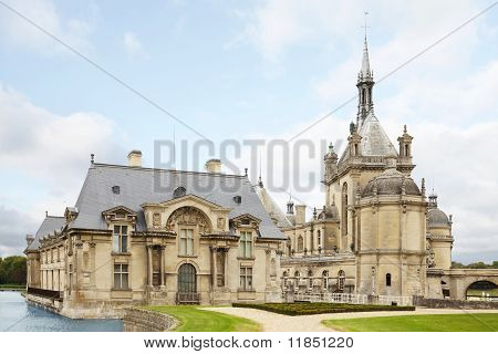 Chateau Chantilly, Castle In France