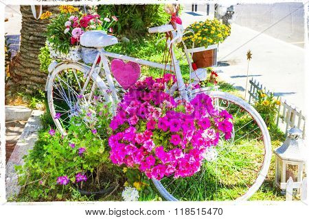 floral bike - charming street decoration
