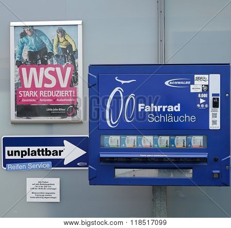 Automat for bicycle tubes