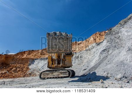 Equipement On Cooper Mine - Open Pit 21