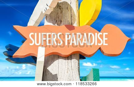 Surfers Paradise welcome sign with beach