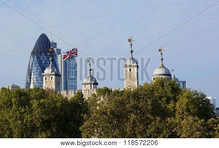 Tower of London, Gherkin, Union Jack