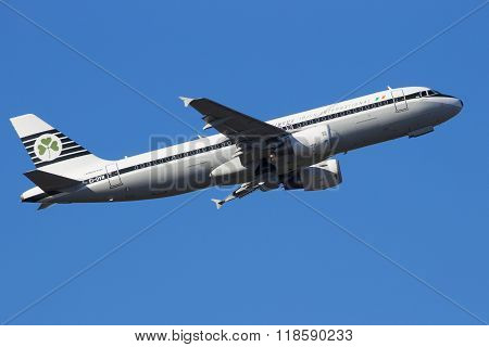 Airbus A318-321 Aer Lingus