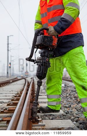 Fixing Screws Of The Railtrack
