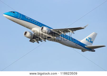 Klm Cityhopper Embraer Erj-190Std