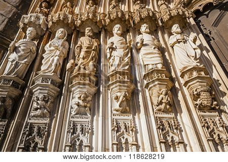 Batalha Monastery, Portugal. Statues of the Apostles on the left of the Gothic Portal. Masterpiece of the Gothic and Manueline. UNESCO World Heritage Site.