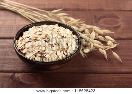 Oat stems and oat flakes