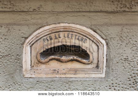 Old Letterbox Florence