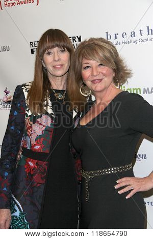 Mackenzie Phillips and Elizabeth Edwards arrive at the