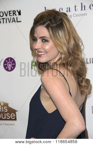 Jen Lilley arrives at the