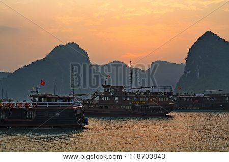 Sunrise at the Halong Bay on the west coast of northern Vietnam