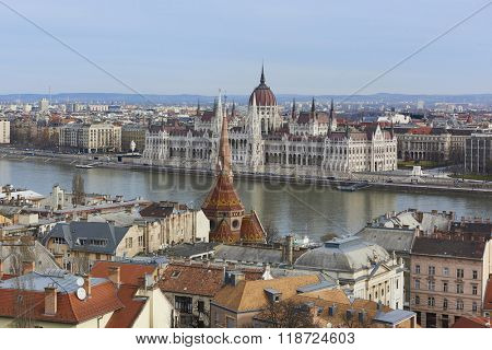 BUDAPEST, HUNGARY - FEBRUARY 02: Cityscape featuring the Hungarian Parliament building across Danube river. February 02, 2016 in Budapest.