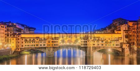 Ponte Vecchio and the Arno River in Florence