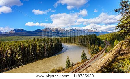 Morant's Curve in the Bow River in the Fall in Banff National Park