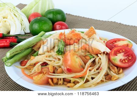 Thai food, Spicy green papaya salad with salted egg (Som Tum Thai Kai Kem)