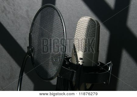 Studio microphone