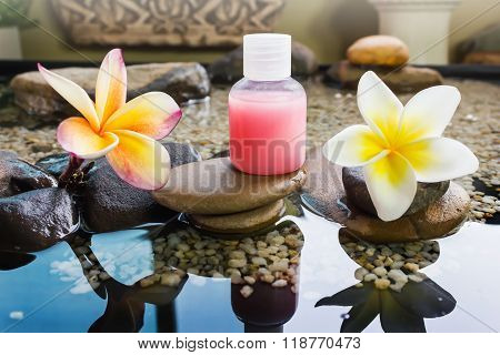 Mini Set Of Bubble Bath And Shower Gel Decorated In Zen Style