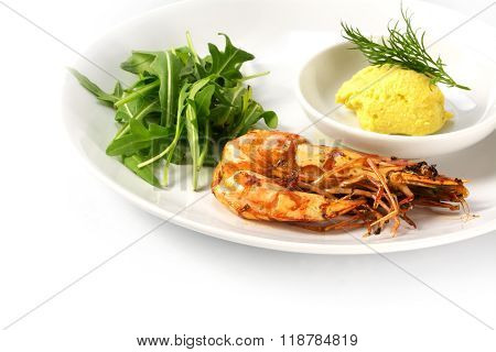 Roasted Black Tiger Shrimp With Rocket Salad And Garlic Mayonnaise On A Plate, Isolated On White