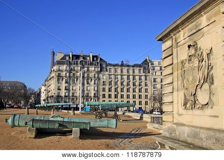 Paris, France -18 December 2011: Front Courtyard Of Hotel National Des Invalides, Paris, France