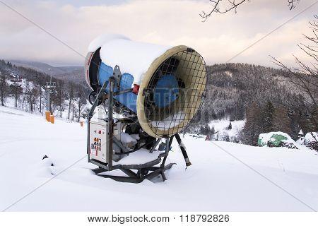 Snow Making Machine, Cannon, Blower, At Ski Resort