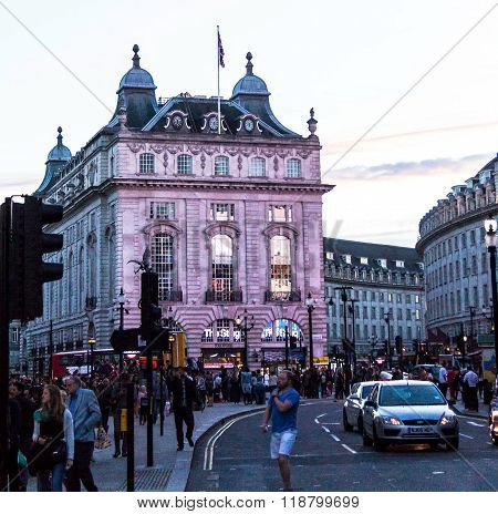 Famous Piccadilly Circus , One Of Major Attraction Of London,