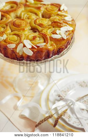 Cake , White Bread With Yeast With Almonds