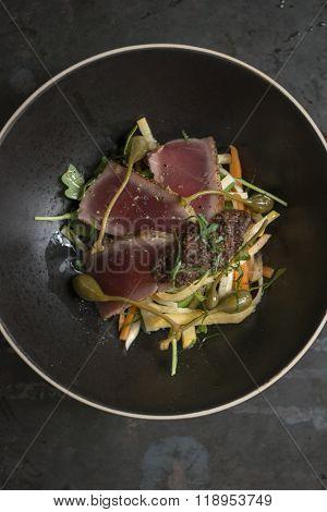 Seared Tuna With Mooli Radish