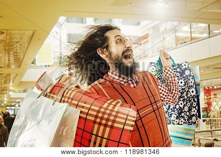 Funny guy on shopping trip