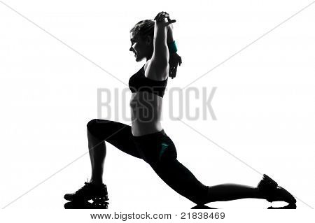 eine Frau, die Ausübung Training Fitness-aerobic-Übungen-Haltung auf Studio isolated white background