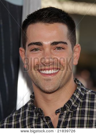 LOS ANGELES - JUN 30:  JESSE METCALF arrives to the
