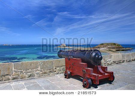 Cannon, St-Malo