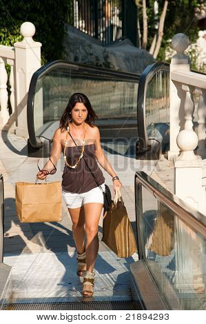 Sunny Shopping