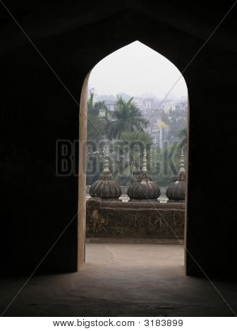 Lucknow Through An Arch