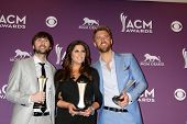 LAS VEGAS - APR 1:  Lady Antebellum in the press room  at the 2012 Academy of Country Music Awards a