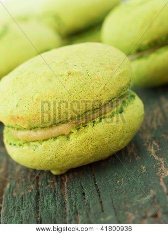 con macarrones verdes