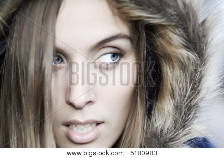 Blueyes olhar extraviado