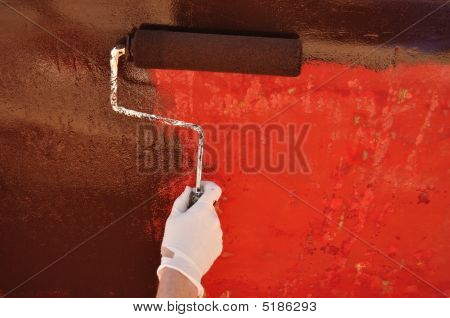 Painting Sailboat Hull With A Roller