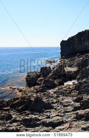 Grotta Calda, Pantelleria
