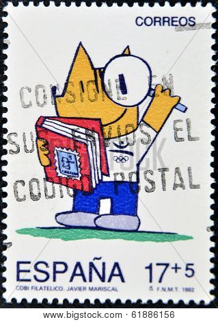 SPAIN - CIRCA 1982: A stamp printed in Spain shows Cobi mascot of the Olympic Games of Barcelona 92