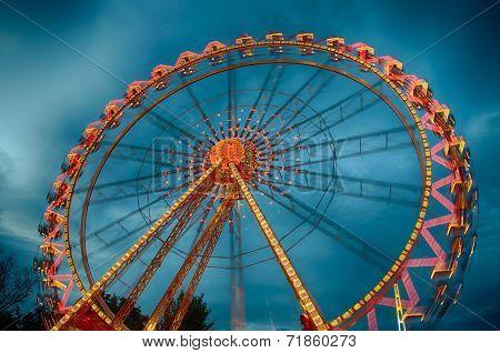 Running Ferris Wheel