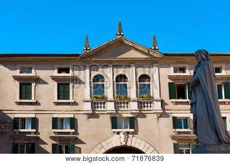Domus Nova Or Palazzo Dei Giudici - Verona Italy