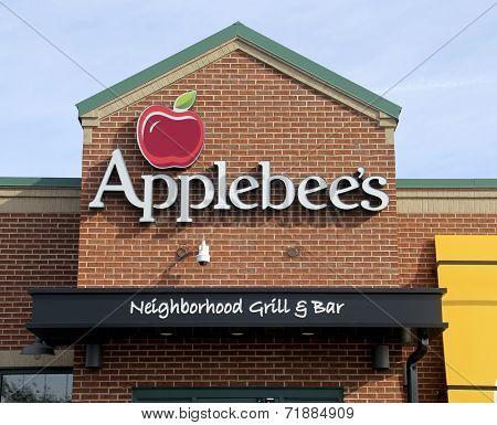Applebee's Restaurant Sign