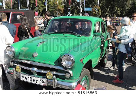 Compact all-wheel-drive Car Moskvitch 410 (based on Moskvitch 402)