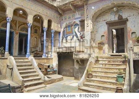 Exterior wall painings of the haveli, Mandawa, India.