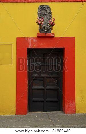 Doorway in Coyoacan