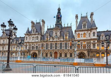 Paris City Hall, Hotel de Ville, in winter