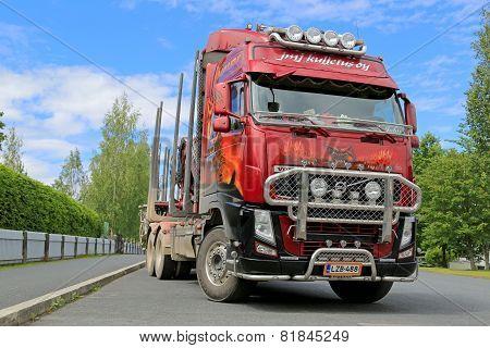 Red Volvo FH13 540 Logging Truck