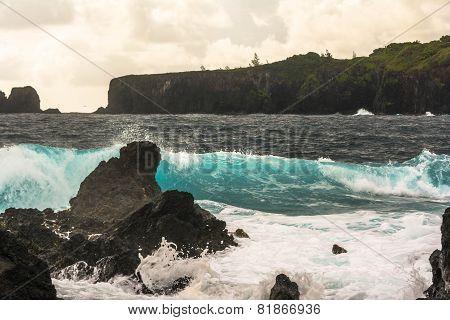 The coast along Keanea Peninsula, Maui